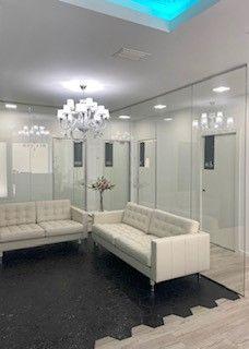 La recepció de la clínica dental 'Institut Sant Joan' et fa sentir com a casa. FOTO: Cedida