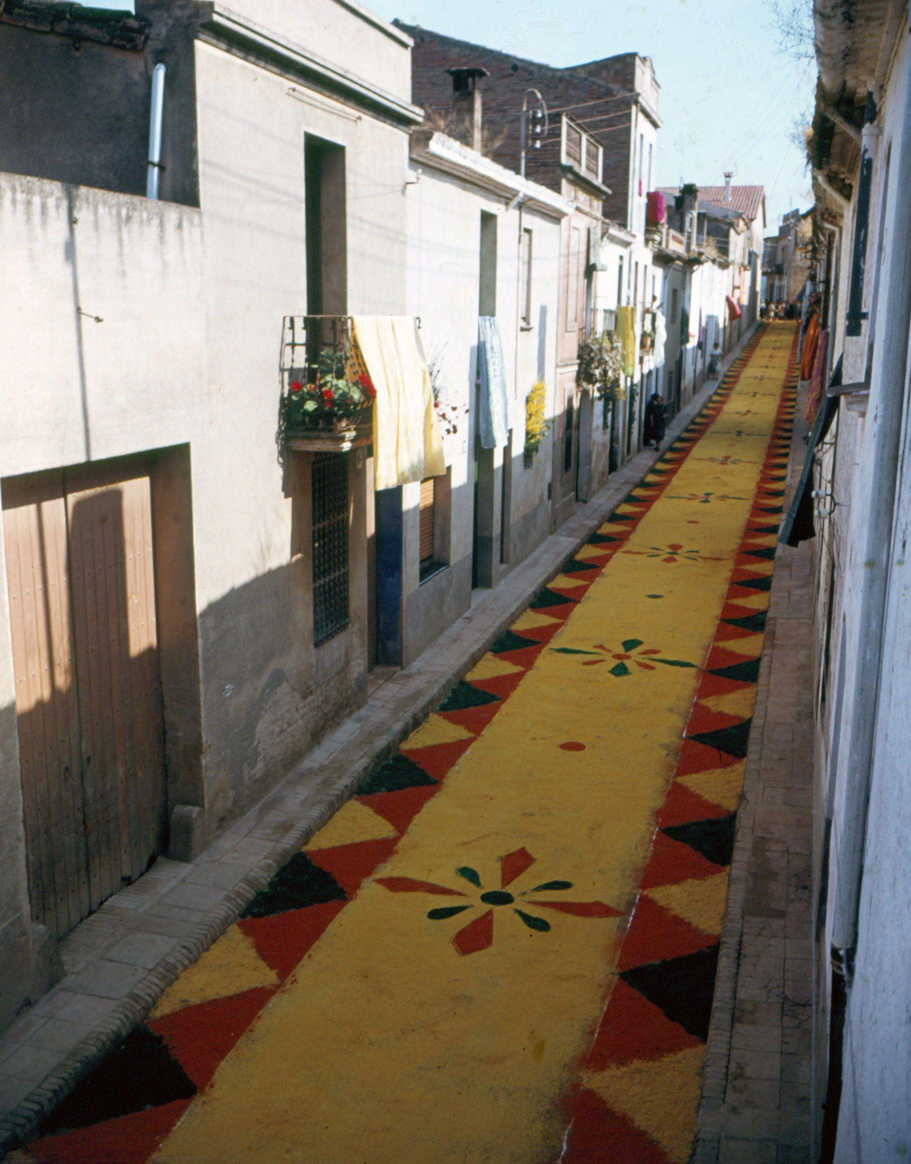 Corpus del 1954 al carrer de Sabadell. FOTO: Octavi Galceran