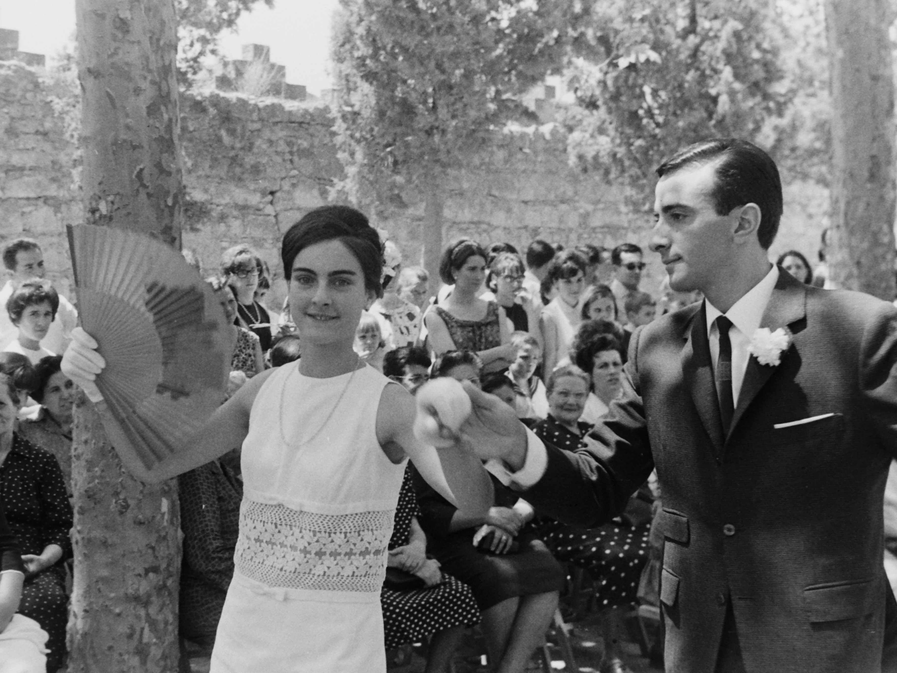 Una parella balla el 'Paga-li, Joan' l'any 1965. FOTO: Fons Cabanas / AMSCV