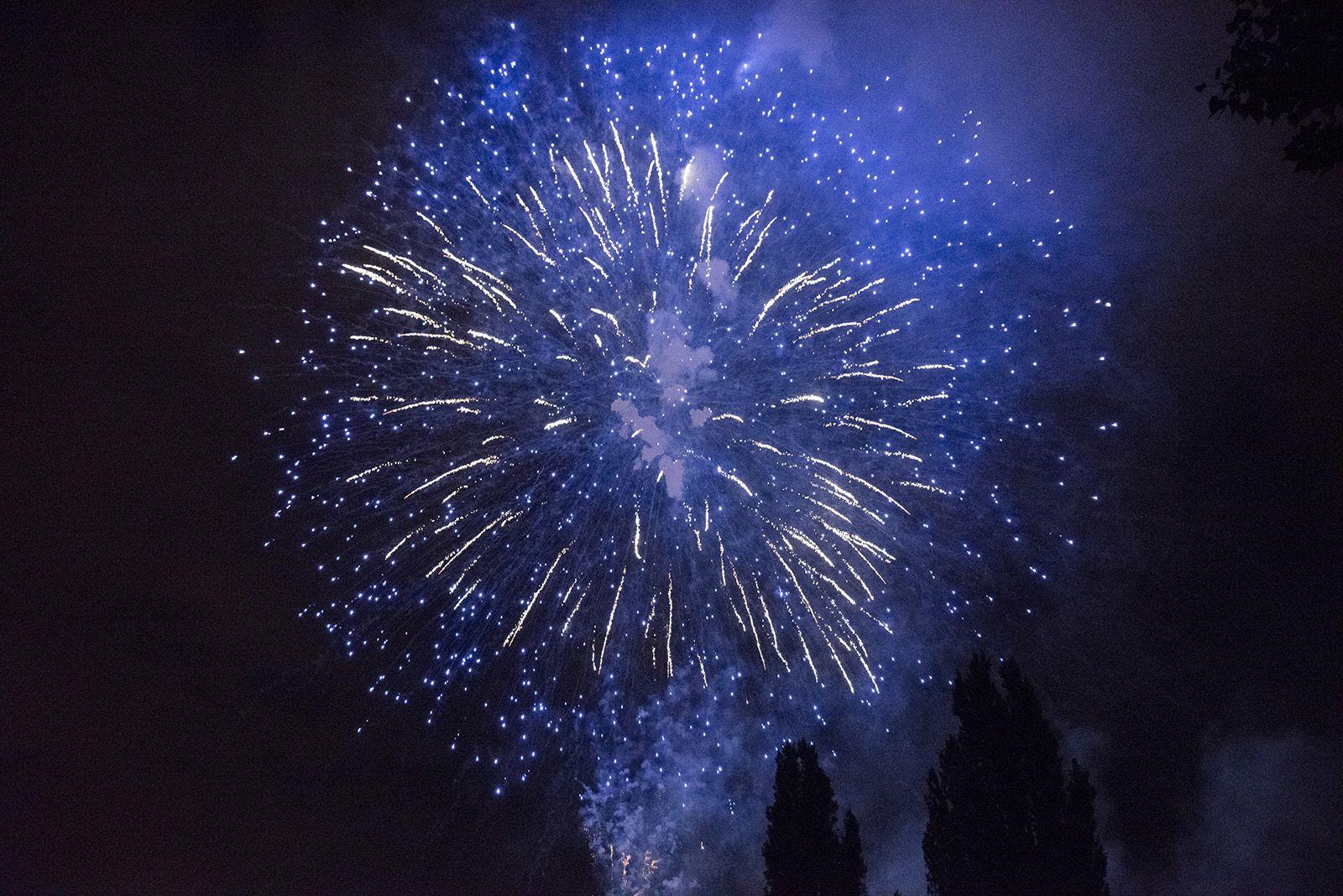 Castells de focs de la Festa Major del 2021. FOTO: Bernat Millet.