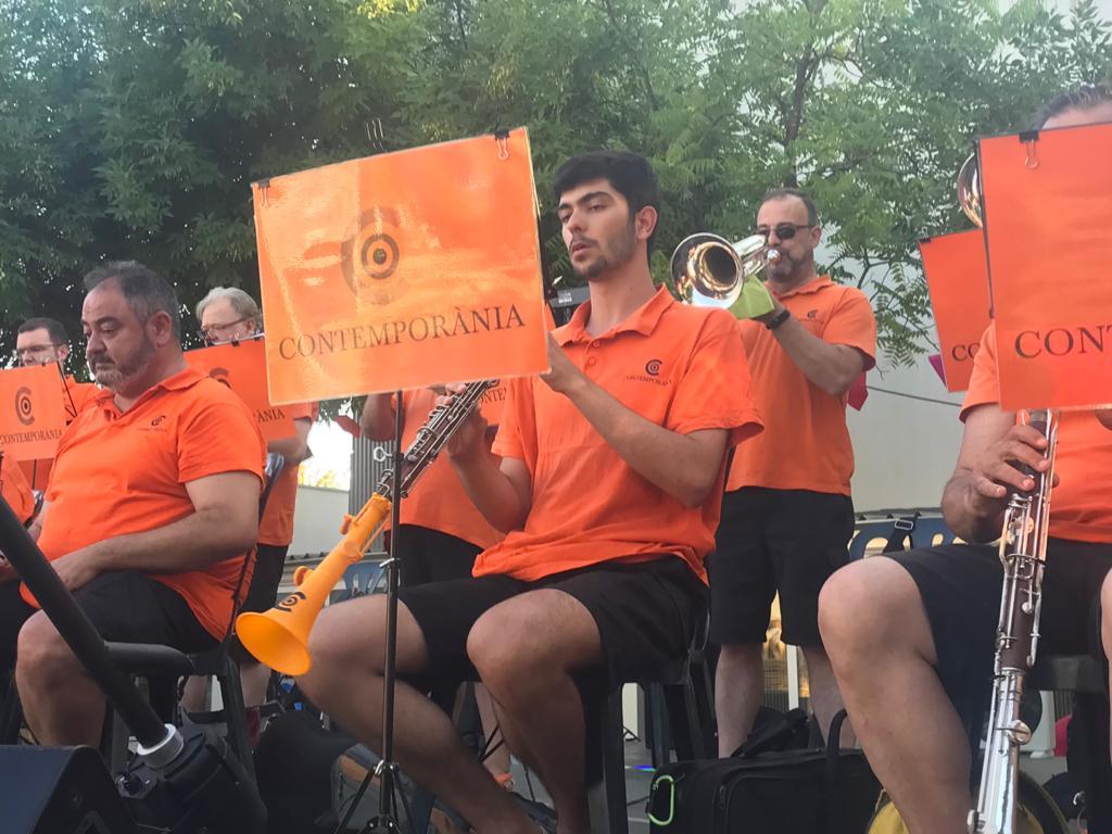 Sardanes amb la Cobla Contemporània a la Festa Major de Mira-sol. FOTO: Nielo Ballart