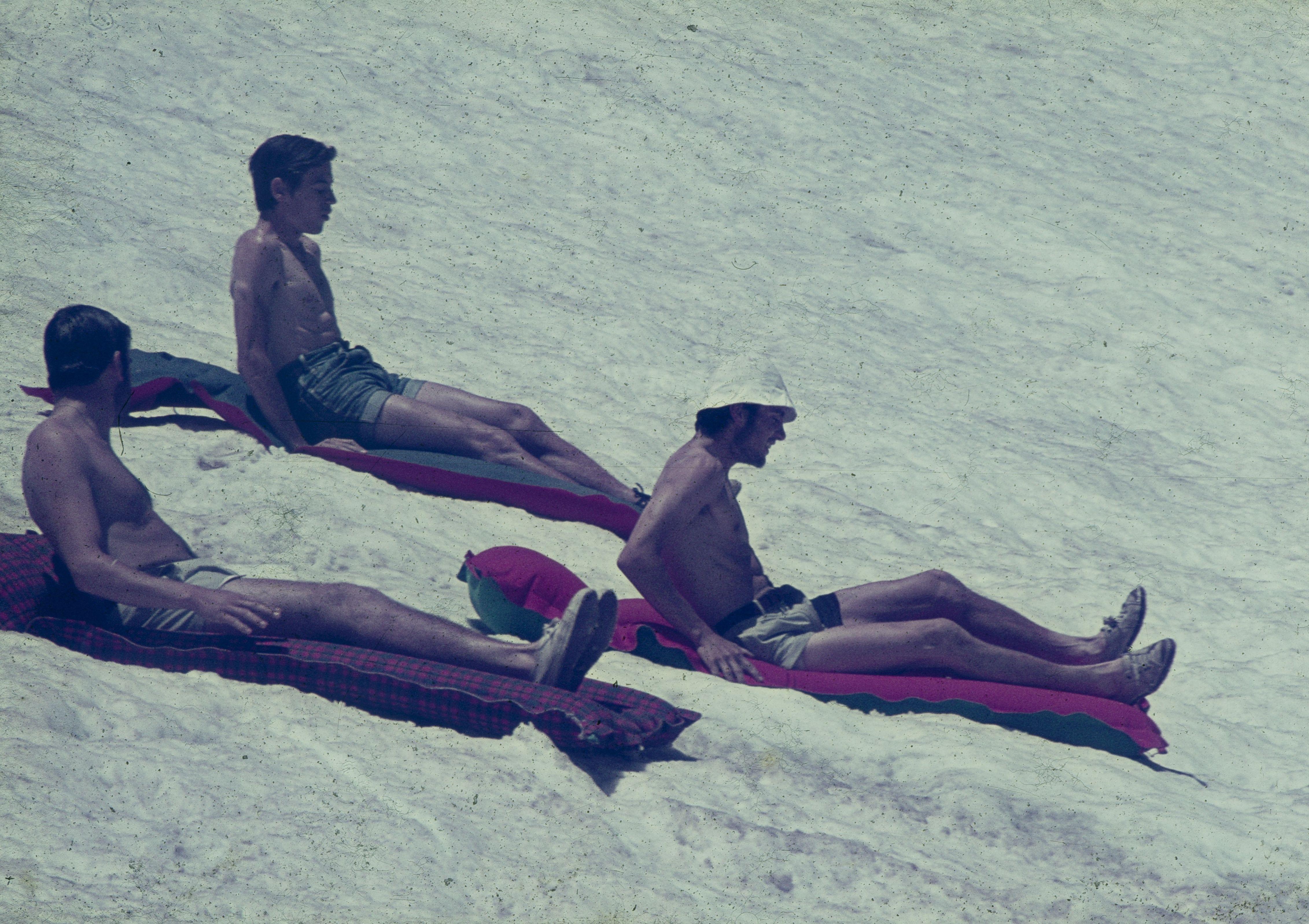 lliscant a la neu al refugi