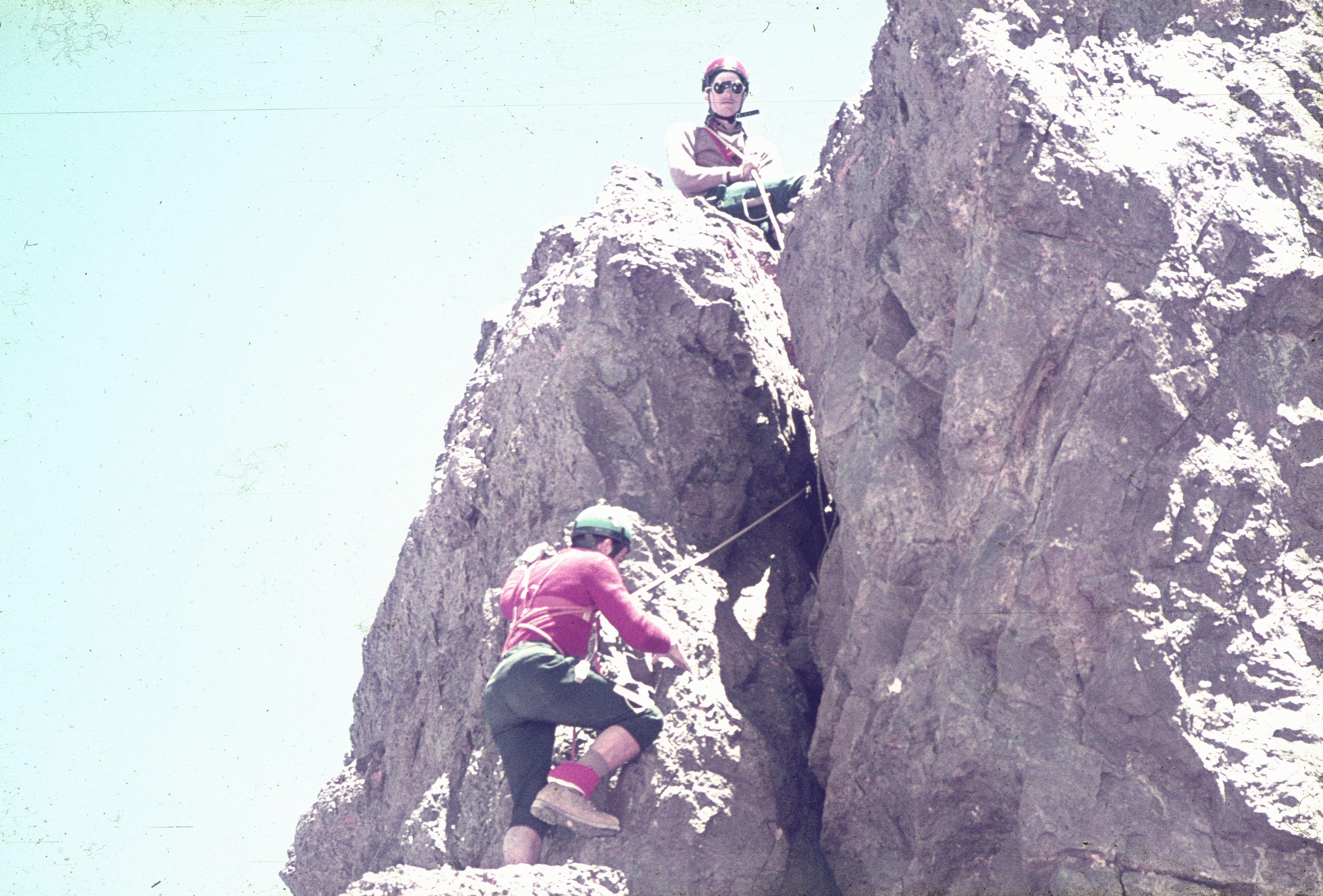 ascensió aresta sud - oest al dit tadat 3.837 m