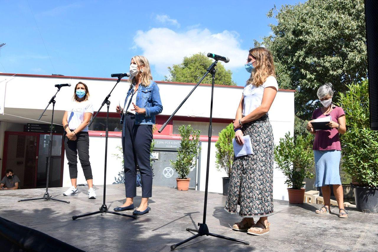 El pregó de la Festa Major de Les Planes va ser en homenatge als sanitaris. FOTO: Jordi Garcia