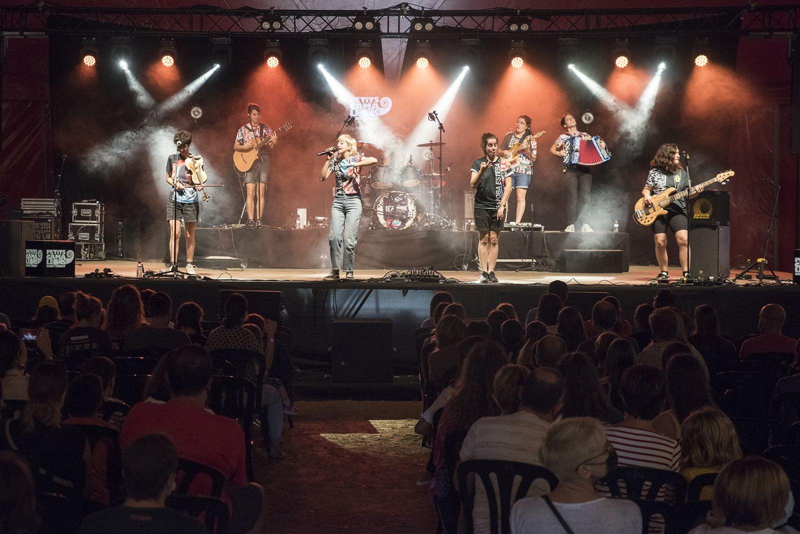 Roba Estesa al festival Petits Camaleons. Foto: Bernat Millet.